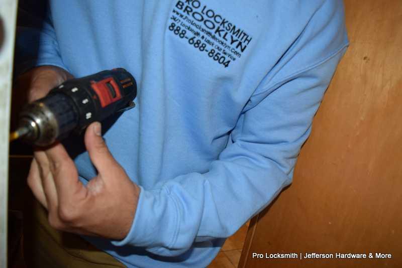 lock change & repair (1)