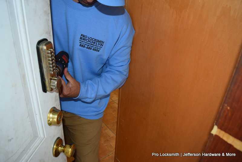Pro Locksmith - Near me